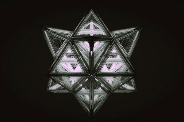 VR238Hexahedron_00